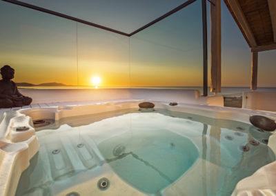 Villa Elafina | Entspannen im Jacuzzi mit Meeresblick unter freiem Himmel